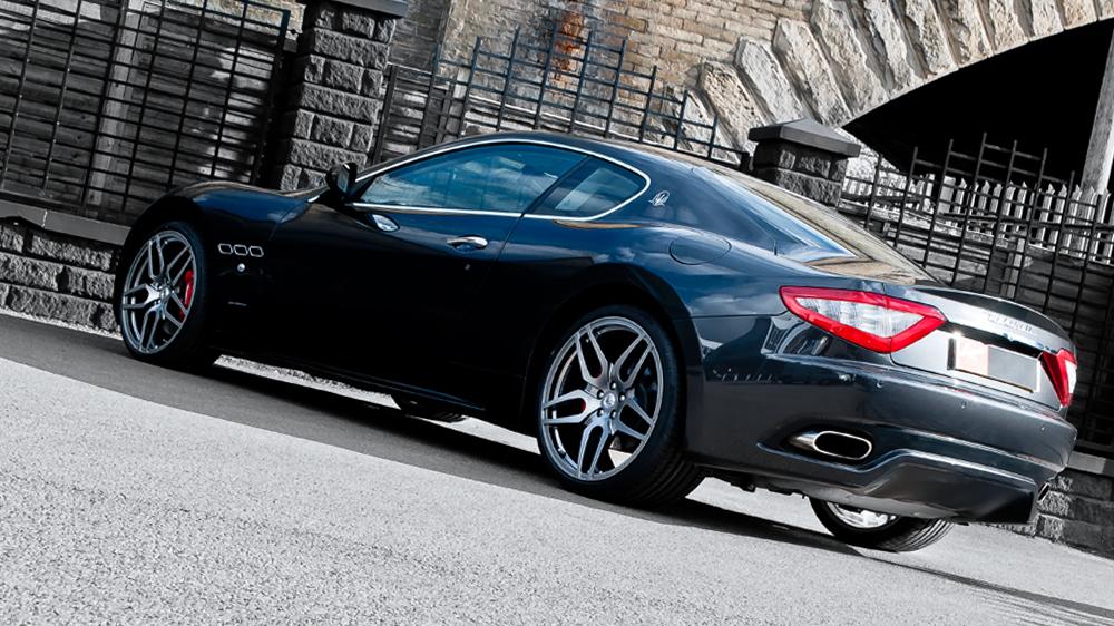 Kahn Design - Monza Maserati Gran Turismo